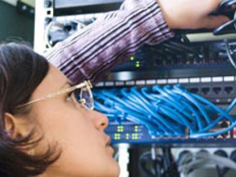 Mobile/r Netzwerkadministrator/in mit Führerschein Klasse B